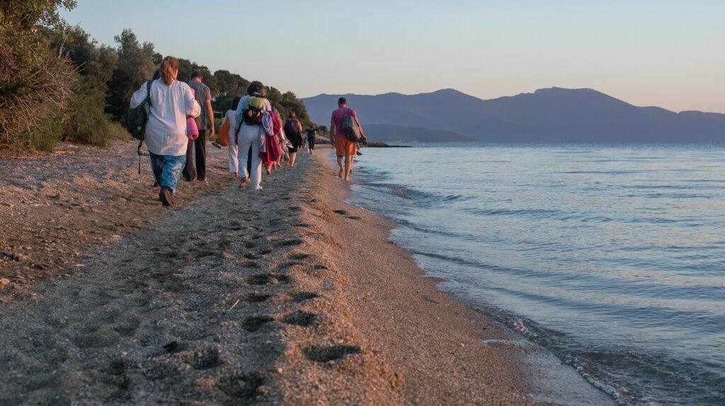 WALK BACK SEA